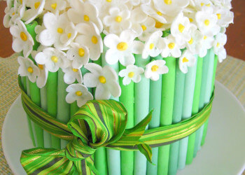 торт из цветочной мастики