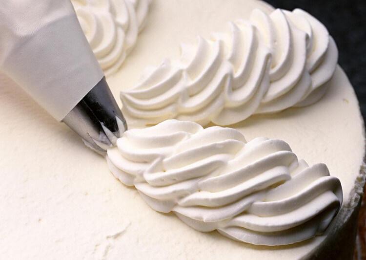 Как сделать сливочный крем на торты