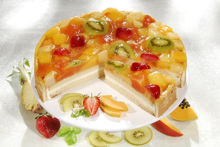 украсить торт фруктами своими руками фото