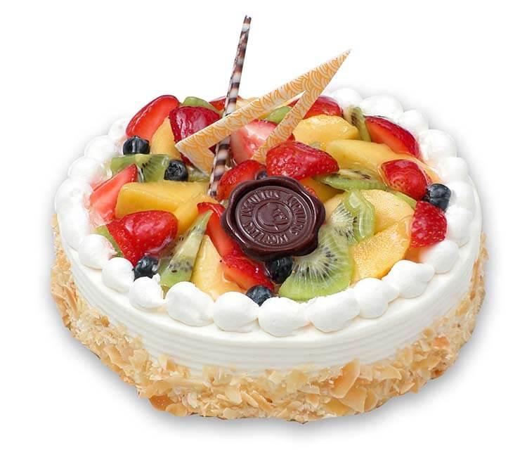 Торты с фруктовыми украшениями