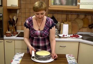 29) накроем торт пленкой и поставим на 8 часов