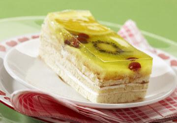 желейный тортс фруктами