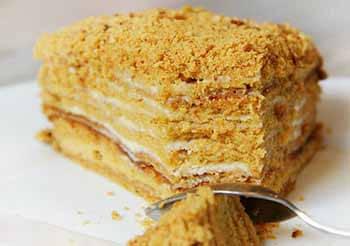 история торта медовик