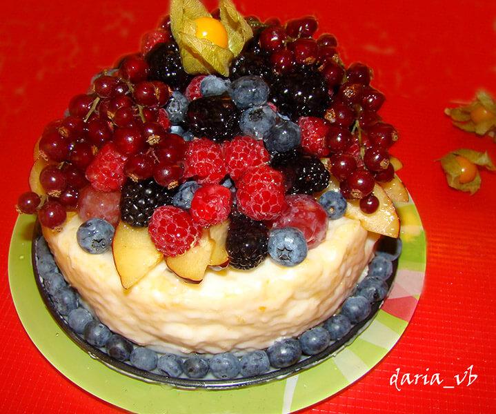 украсить торт фруктами своими руками