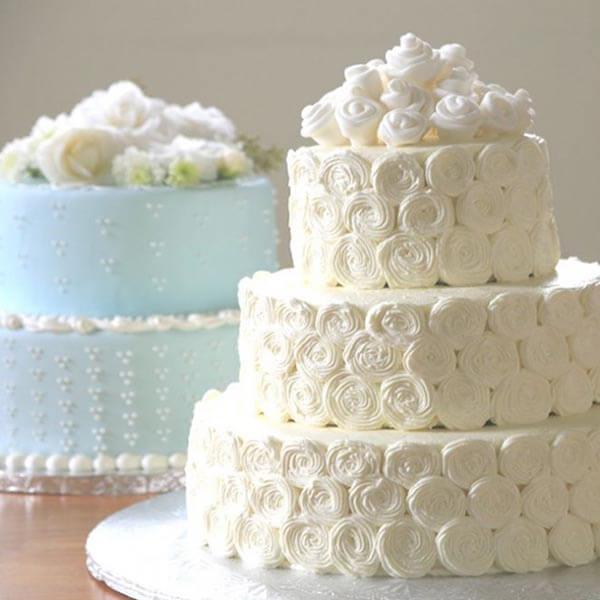Украшение торта свадебного кремом