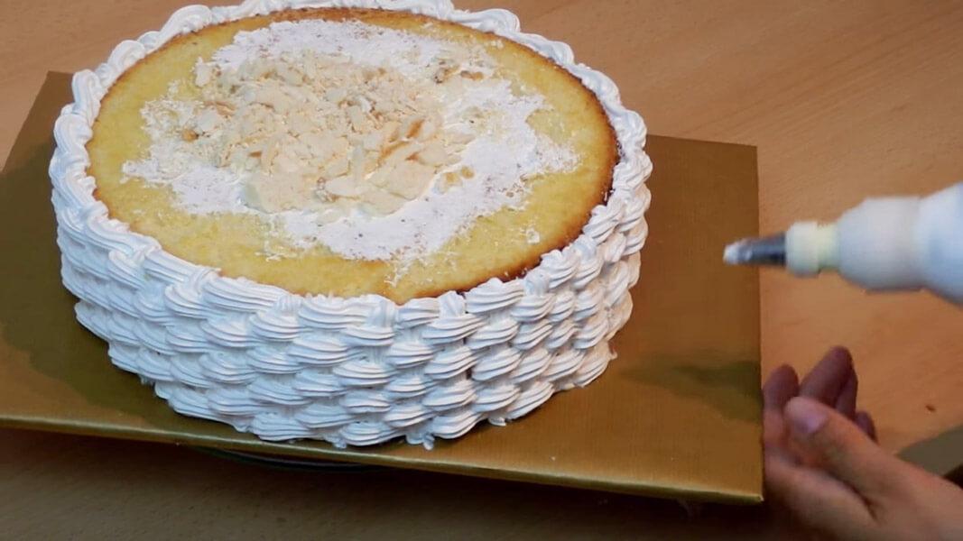 Украшение торта шприцом фото