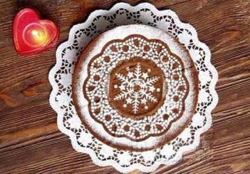 красивое оформление торта трафаретом