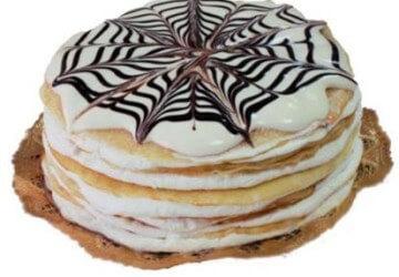 красивое украшение торта сметанным кремом