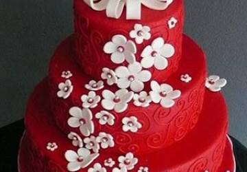 свадебный торт с цветами из мастики