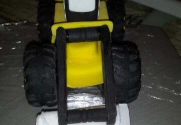 украшаем торт трактор8