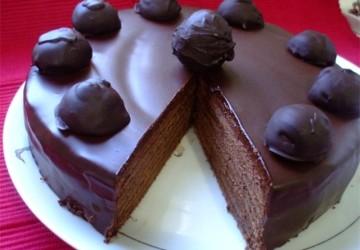 украшение торта конфетами4