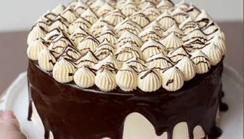 украшение торта конфетами9