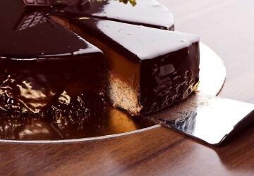 украшение шоколадной глазурью