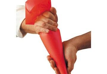 шприц для украшения кремом