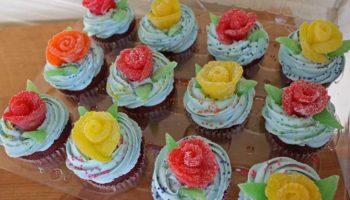 1 украшение торта розами из мармелада
