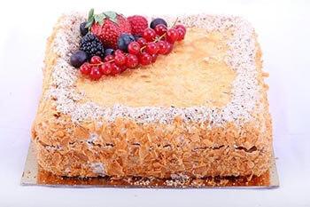 классический песочный торт