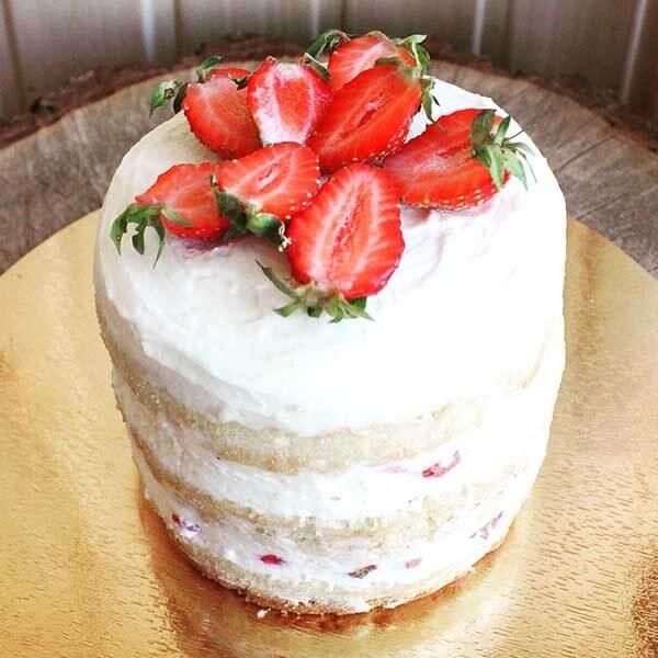Бисквитный торт с кремом из сливок фото