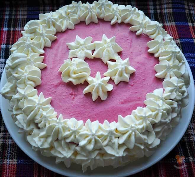 Как украсить торт в домашних условиях взбитыми сливками 285