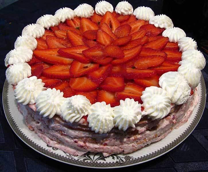 как украсить красиво.торт кремом рецепты с фото
