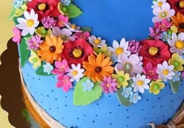 украшения торта цветами