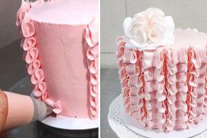Декорируем бисквитный торт
