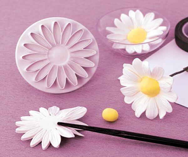 Цветы из мастики для начинающих