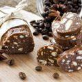 Кондитерская колбаска из печенья с какао и сгущенкой