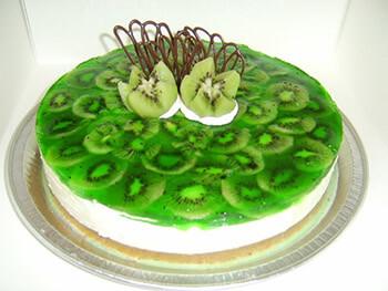 творожный торт с киви