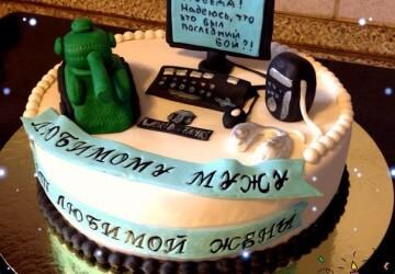 украшенный торт мужчине