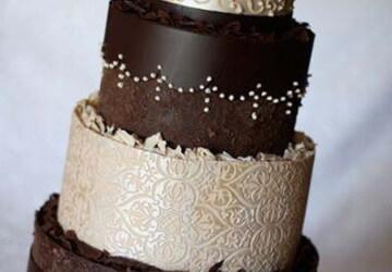 свадебный шоколадный торт