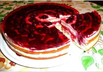 украшаем торт фруктами с желе