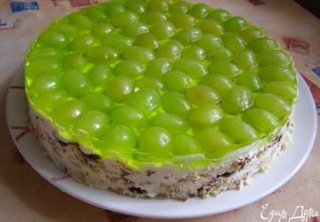 украшение торта виноградом