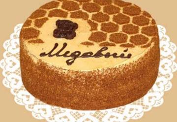 шоколадное украшение медового торта
